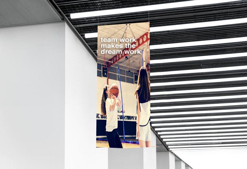 hangng banner
